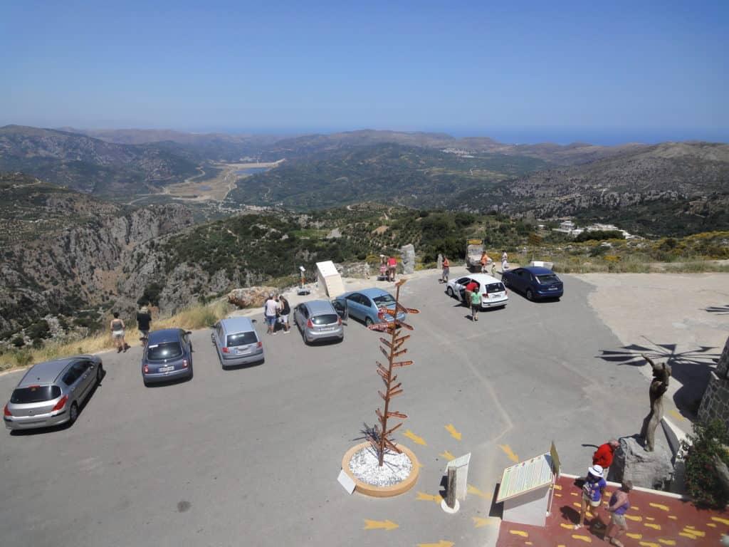 прокат машины без водителя на Крите